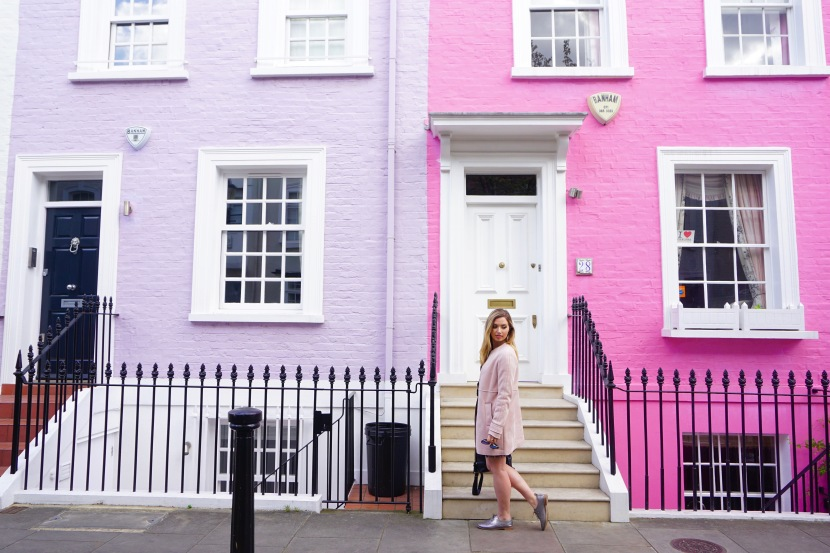 Chelsea and Notting Hill: Exploring London's Most Colorful Neighborhoods