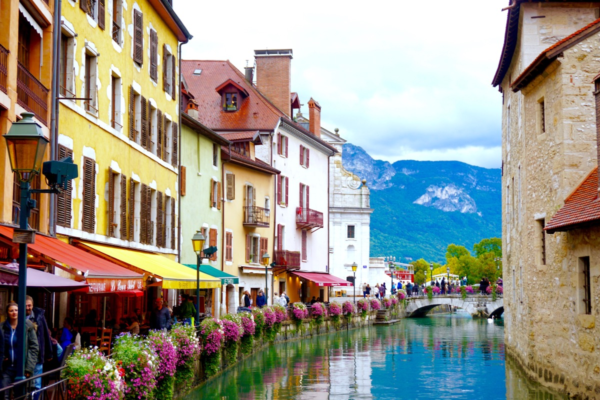 Annecy, France: A Photo Diary of the Venice of the Alps